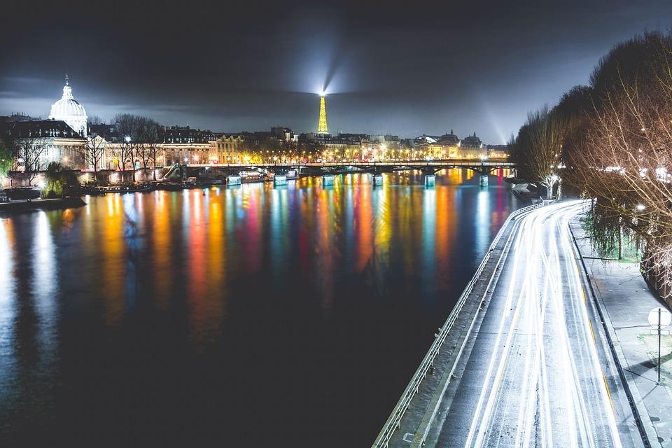 paris-1210005_960_720
